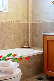 azalea-villas-vasiliki-lefkada-bath-tub